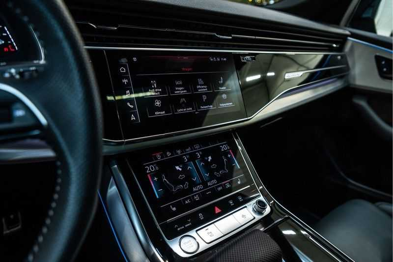 Audi Q8 55 TFSI quattro 3x S-line | PANO | 4 wielsturing | Tour | Trekhaak | Matrix LED | afbeelding 15