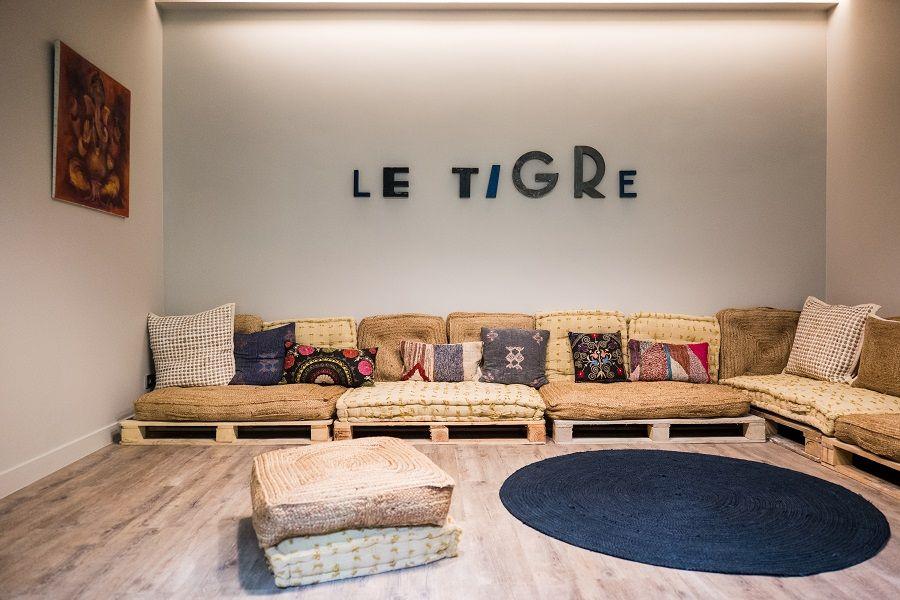 Le Tigre yoga club