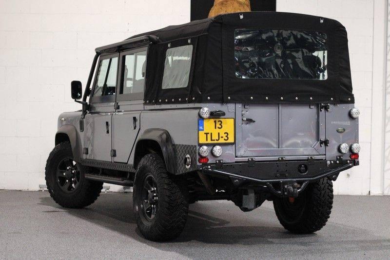 Land Rover Defender 110 Cabrio LS V8 aut. Uniek! afbeelding 2