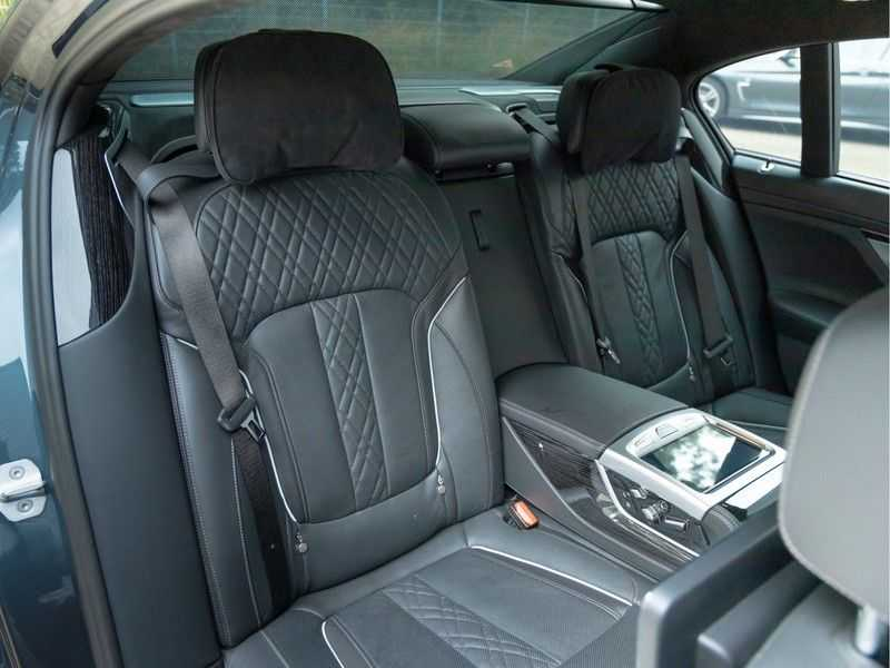 BMW 7 Serie M760Li xDrive - Bowers & Wilkins Audio - Night Vision - Entertainment Professional afbeelding 24