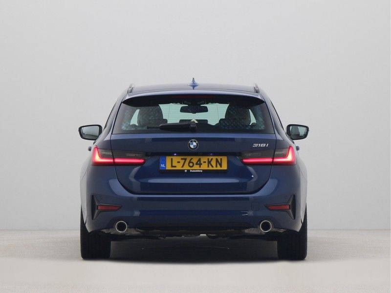 BMW 3 Serie Touring 318i Executive Edition Sport Line Automaat afbeelding 10