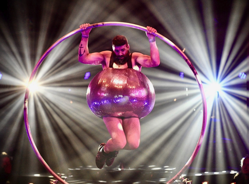 acrobat on stage at letni letna festival