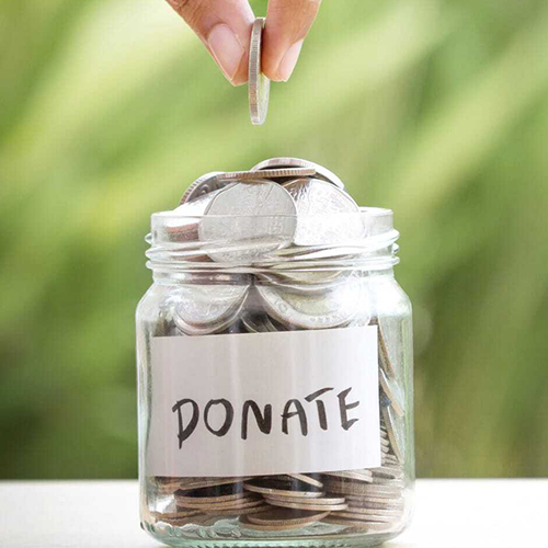 Balancing Privacy and Emotional Resonance in a Donation Experience