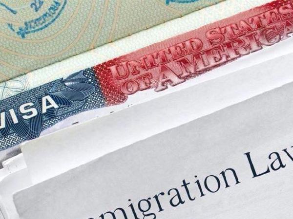 이민국, 내달부터 영주권 확바뀐다