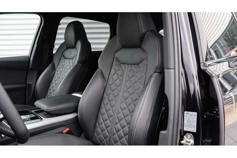 Audi Q7 60 TFSI e quattro Competition Panoramadak, BOSE, Massage, Ruitstiksel, Trekhaak afbeelding 16