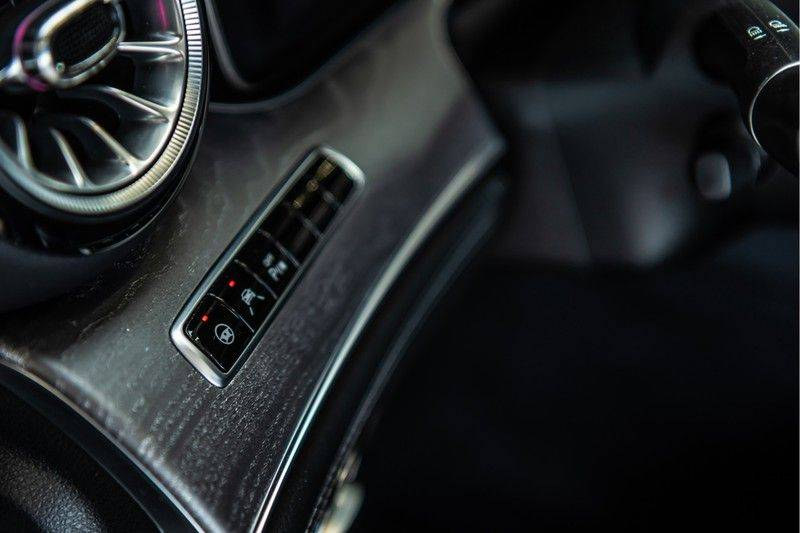 Mercedes-Benz AMG GT 4-Door Coupe 43   Burmester   Panorama   Schakelbare uitlaat   Apple Carplay afbeelding 11