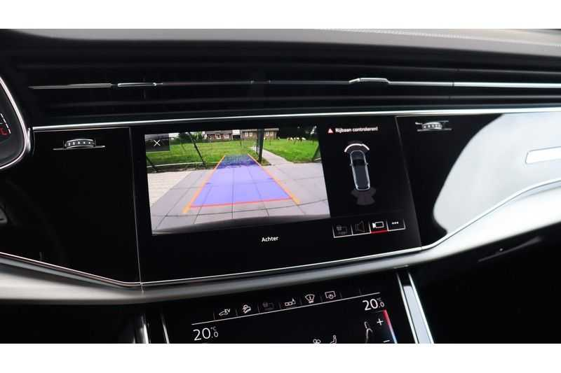 Audi Q7 60 TFSI e quattro Competition Panoramadak, BOSE, Massage, Ruitstiksel, Trekhaak afbeelding 18