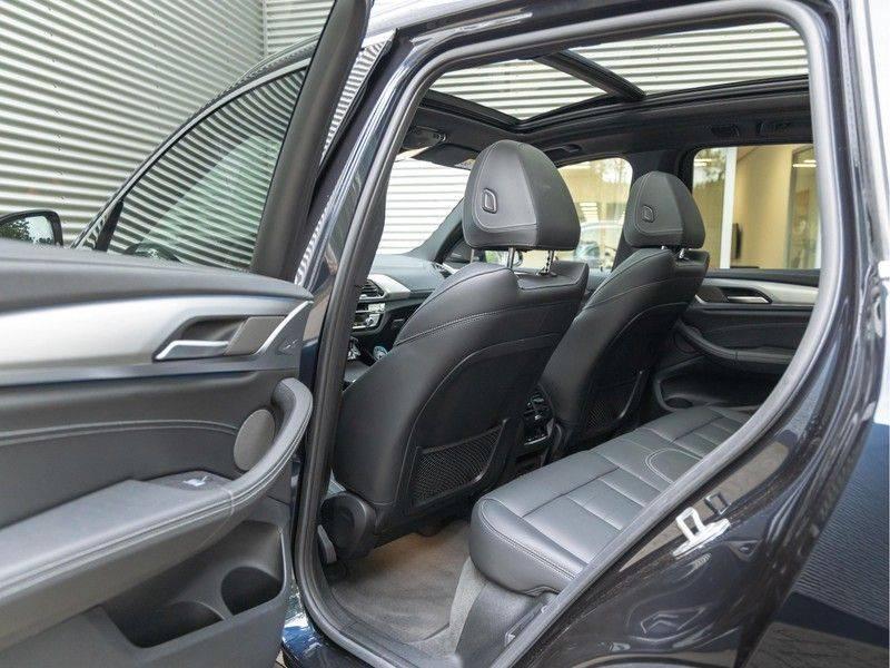 BMW iX3 High Executive - Trekhaak - Direct Beschikbaar! afbeelding 16