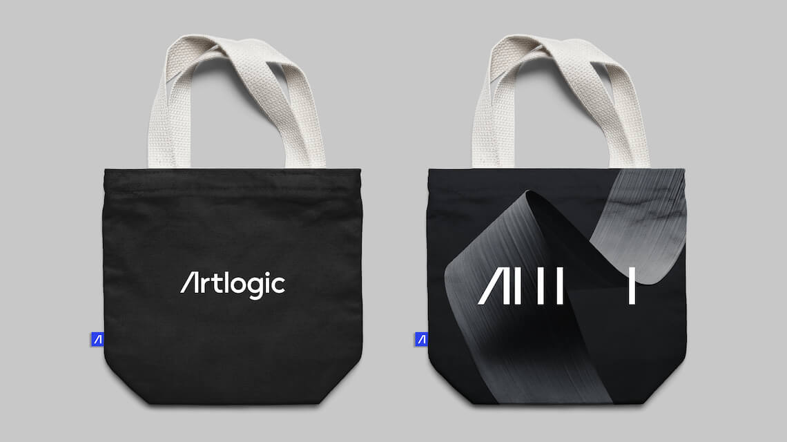 Logo examples on tote bags