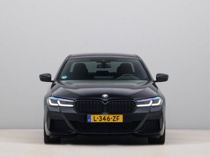 BMW 5 Serie 520d Sedan High Exe M-Sport afbeelding 6