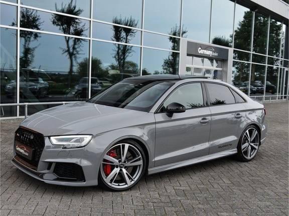 Audi RS3 Limousine 2.5TFSI 400pk Quattro Pano RS-Zetels Virtual B&O RS-uitlaat Rode-stikels Carbon Nardo VOL!