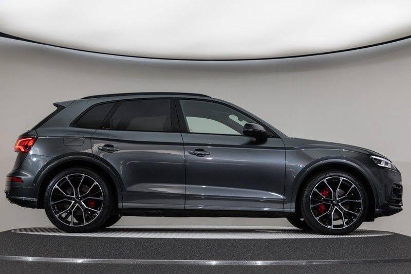 "Audi SQ5 3.0 TFSI 354pk Quattro Black Edition Panoramadak Luchtvering Valconaleder+Memory Carbon Matrix-Dynamisch Keyless Navi-High ACC DriveSelect  21""Performance 360Camera Pdc afbeelding 13"
