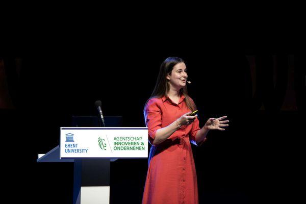 Elisa Van Kenhove