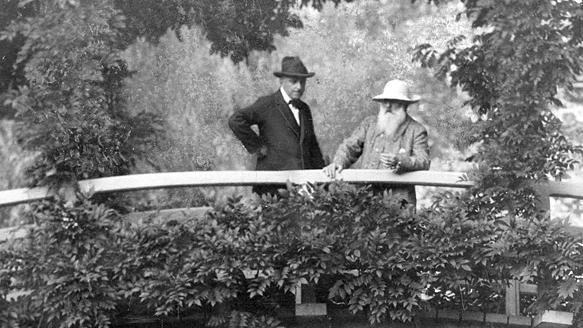 "На фото Моне справа. Из фотоархива ""The New York Times"", 1922"