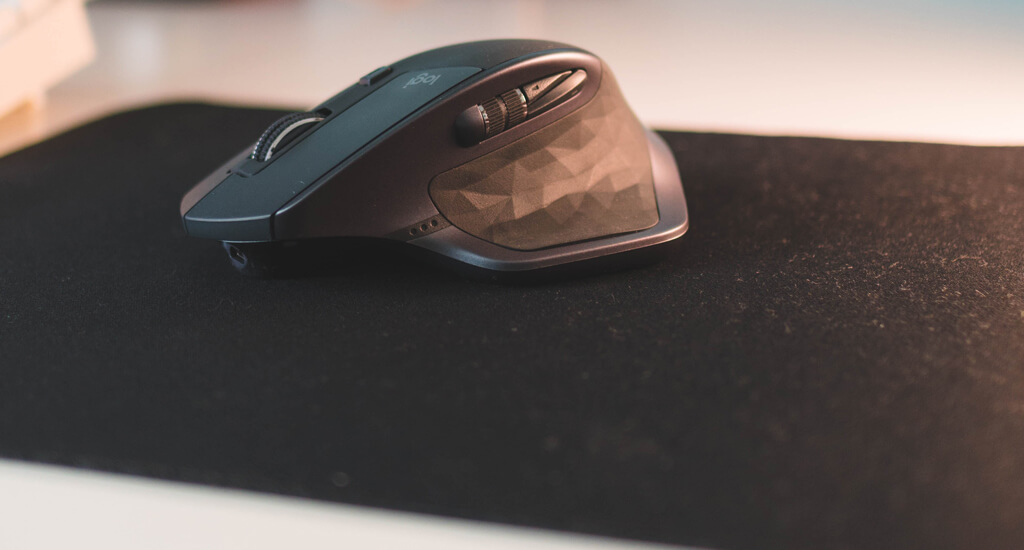 mouse on a gaming mouse pad