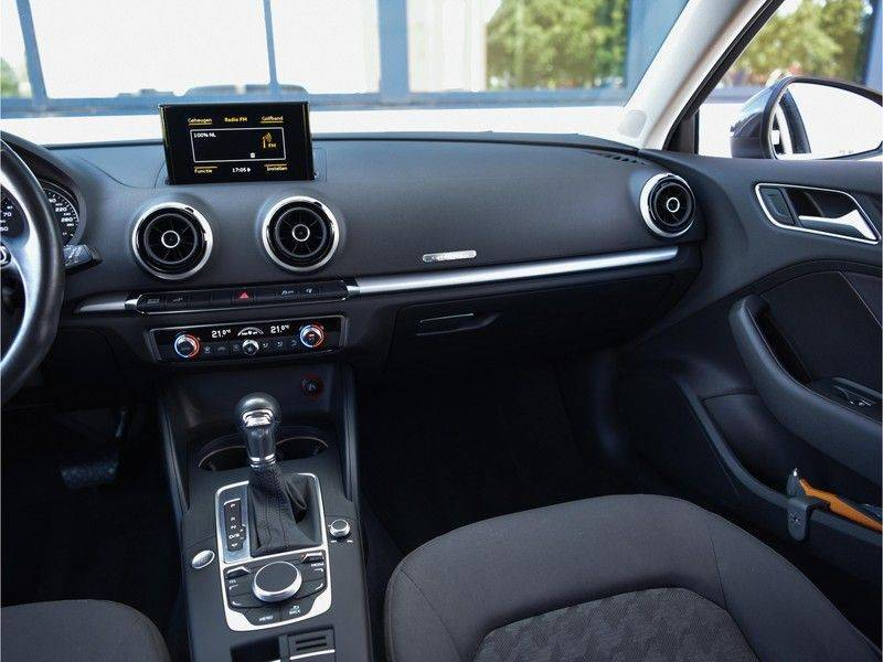 Audi A3 Sportback 1.4 e-tron PHEV Attraction Keyless 17-Inch LED 1e Eig! Clima Cruise Excl.BTW afbeelding 16