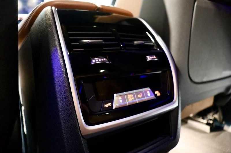 BMW X5 xDrive30d High Ex M-Sport NL|1Eig|22''|Shadow|HuD afbeelding 14
