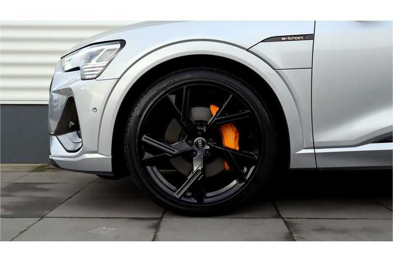 Audi e-tron Sportback 55 quattro S line excl. BTW Panoramadak, S Sportstoelen, Head Up display afbeelding 13