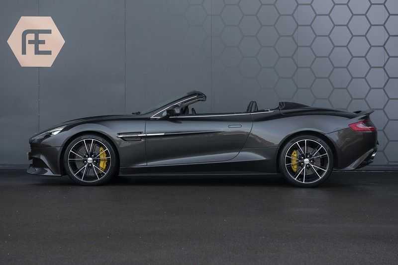 Aston Martin Vanquish Volante 6.0 V12 Touchtronic 2+2 1e eigenaar & NL Geleverd dealer onderhouden afbeelding 2