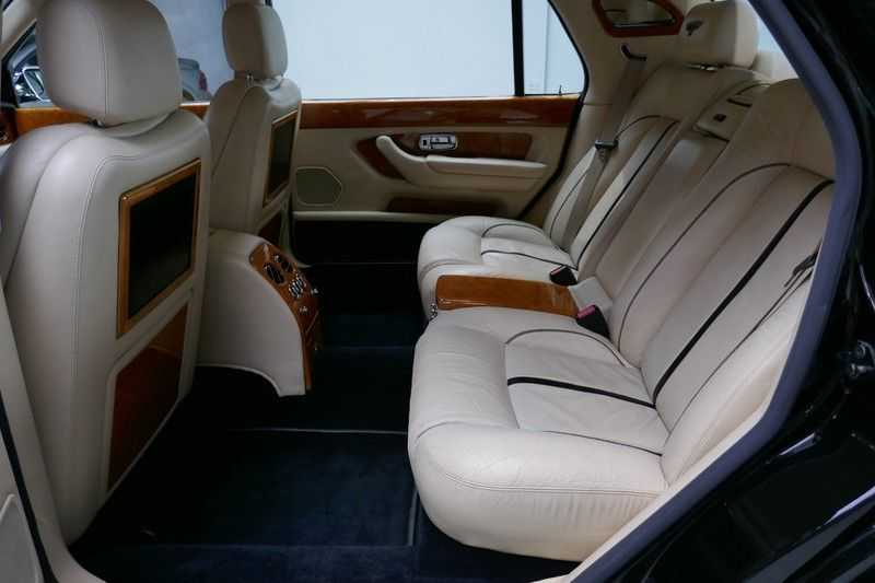 Bentley Arnage 6.8 V8 T Mulliner LWB (1 van 95 st) Youngtimer . afbeelding 23
