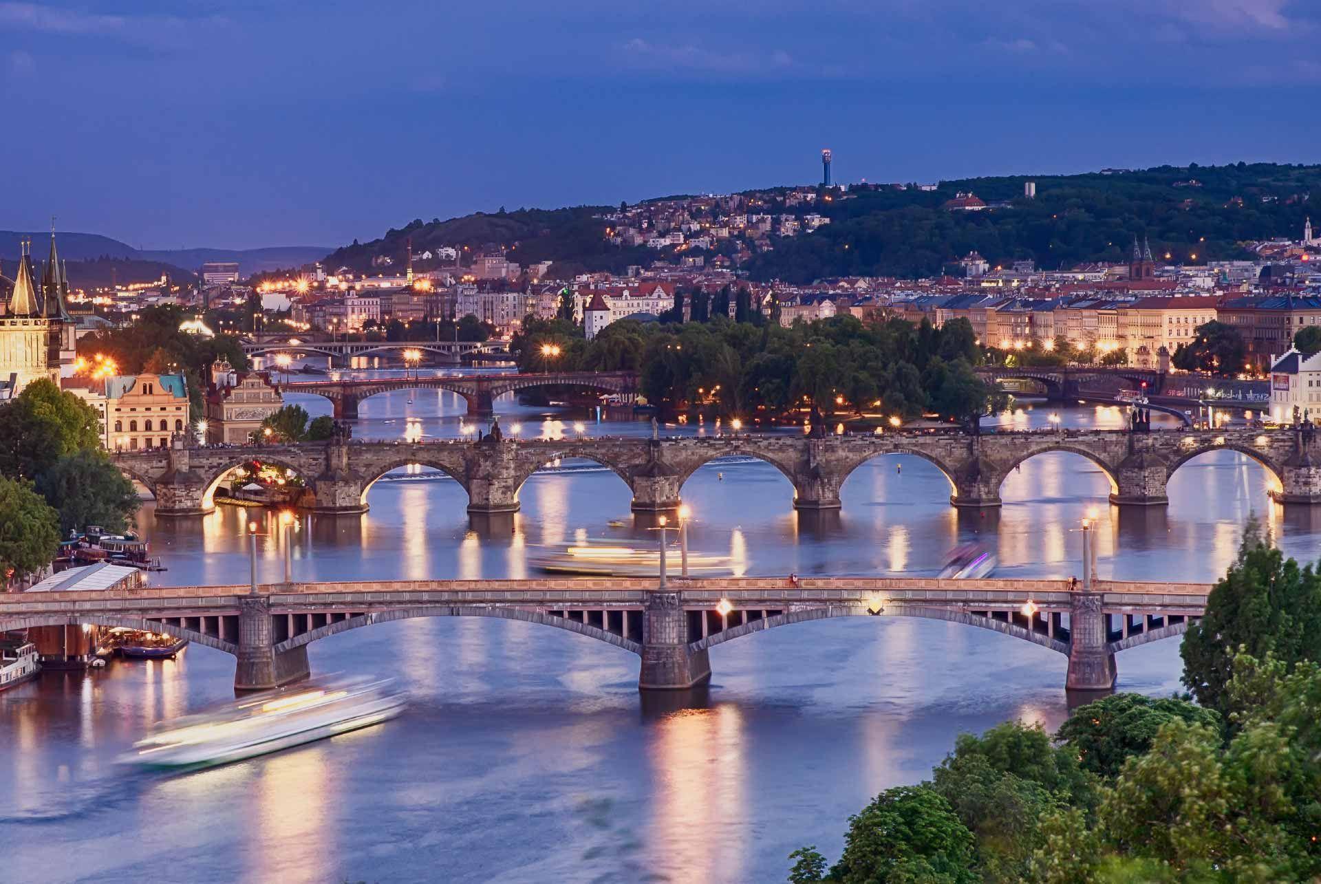 Prague Dinner Cruise