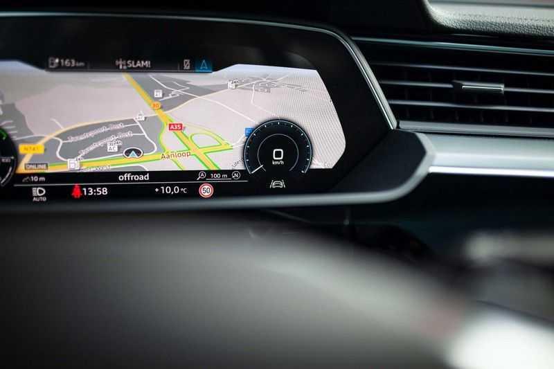 "Audi e-tron Sportback 50 Quattro S Edition *Pano / HUD / 21"" / Stad Pakket / DAB* afbeelding 5"