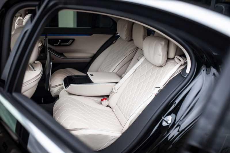 "Mercedes-Benz S-Klasse 500 4Matic Lang AMG *Pano / 3D Burmester / HUD / Distronic / 21"" / 3D Display* afbeelding 4"
