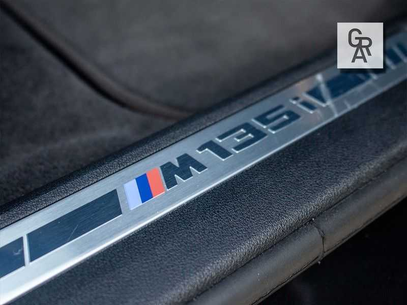 BMW 1 Serie M135i xDrive High Executive afbeelding 22