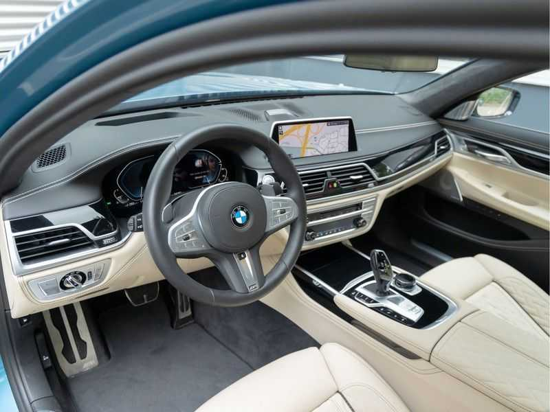 BMW 7 Serie 745Le xDrive Individual ''Maldives Blue'' - Full Option afbeelding 13