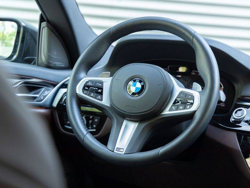 BMW 6 Serie Gran Turismo 630i High Executive - Luchtvering - Facelift - Driving Ass Prof afbeelding 20