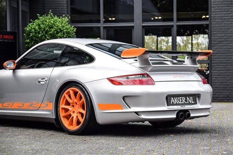 Porsche 911 GT3 RS CARBON SCHAALSTOELEN+ROLKOOI afbeelding 22