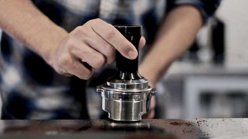 Tamping Espresso Ground