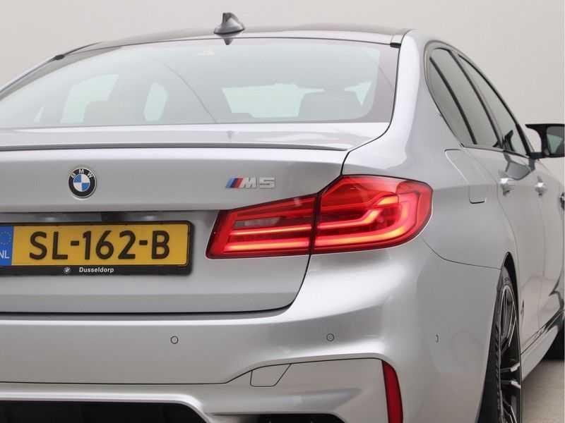 BMW M5 Individual Pure Metal Silver Nw Prijs €. 205.148.- afbeelding 19