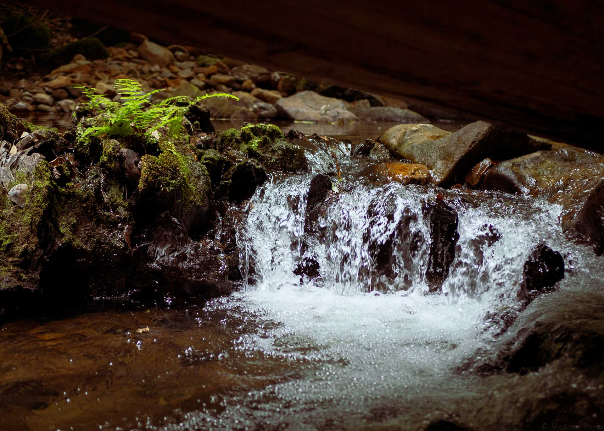 Mini_Waterfall.jpg