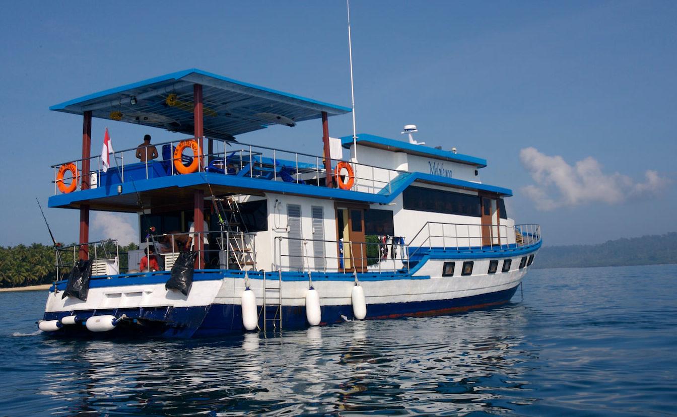 Melaleuca Surf Charter Boat Mentawai Islands