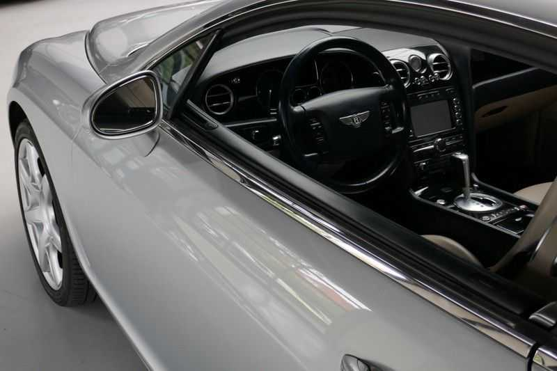 Bentley Continental GT 6.0 W12 Youngtimer afbeelding 12