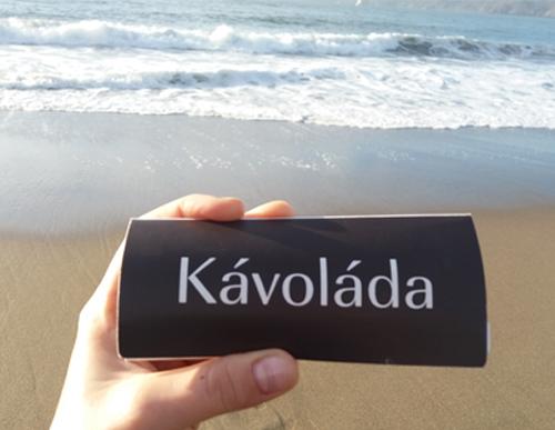 Kávoláda na pláži