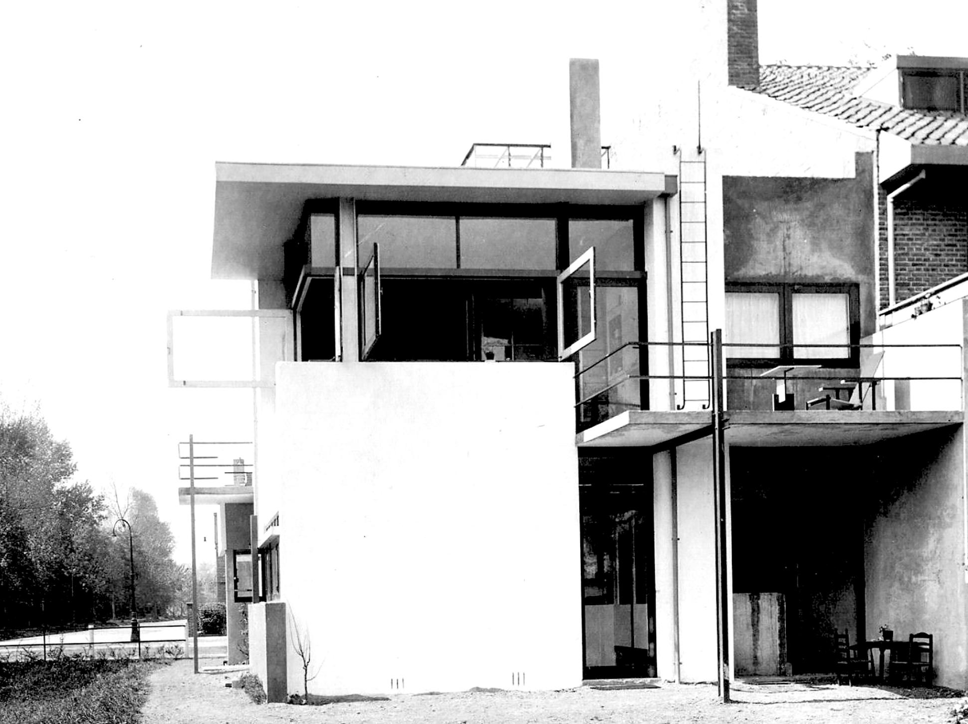 Blitz en Zn, Zicht op Rietveld-Schröderhuis. 1925. Catalogusnummer 58133 Het Utrechts Archief