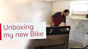 New Bike Day 🤩 Unboxing my new Propain Hugene Trailbike