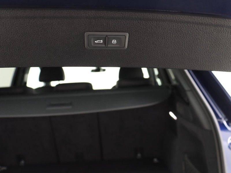 Audi Q5 50 TFSI e 299 pk quattro S edition | S-Line |Elektrisch verstelbare stoelen | Trekhaak wegklapbaar | Privacy Glass | Verwarmbare voorstoelen | Verlengde fabrieksgarantie afbeelding 21
