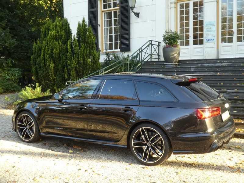 Audi RS6 Avant 4.0 TFSI Performance, Akrapovic afbeelding 22