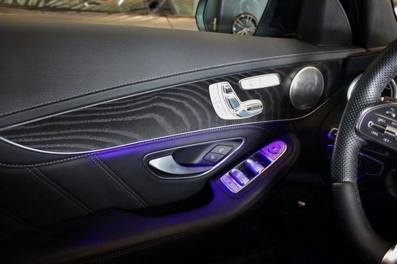 Mercedes-Benz C-Klasse C63 AMG 4.0 V8 Estate 476pk! **360°Camera/Burmester/Spoorassistent** afbeelding 21