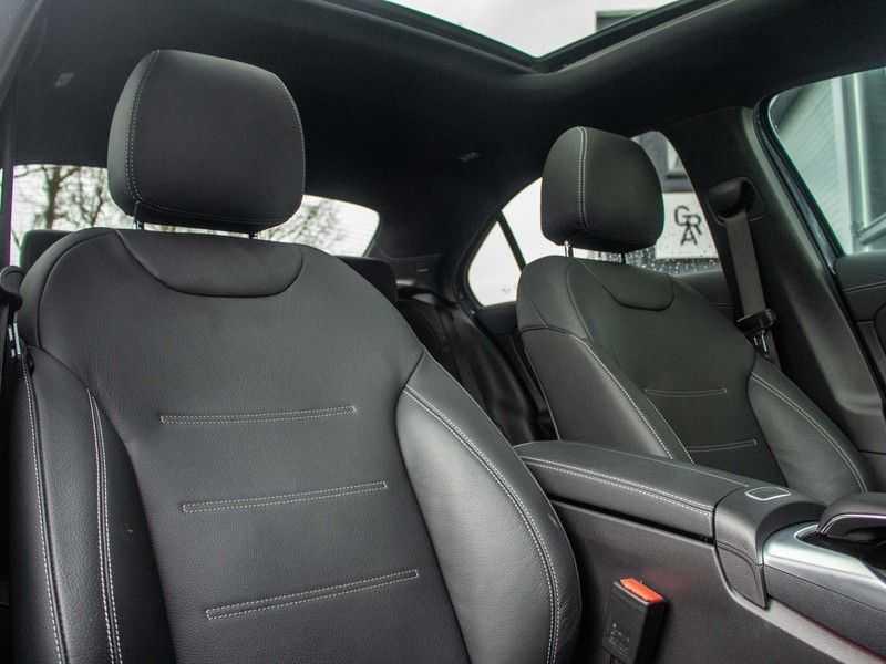 Mercedes-Benz A-Klasse A35 AMG 4MATIC Premium Plus afbeelding 5