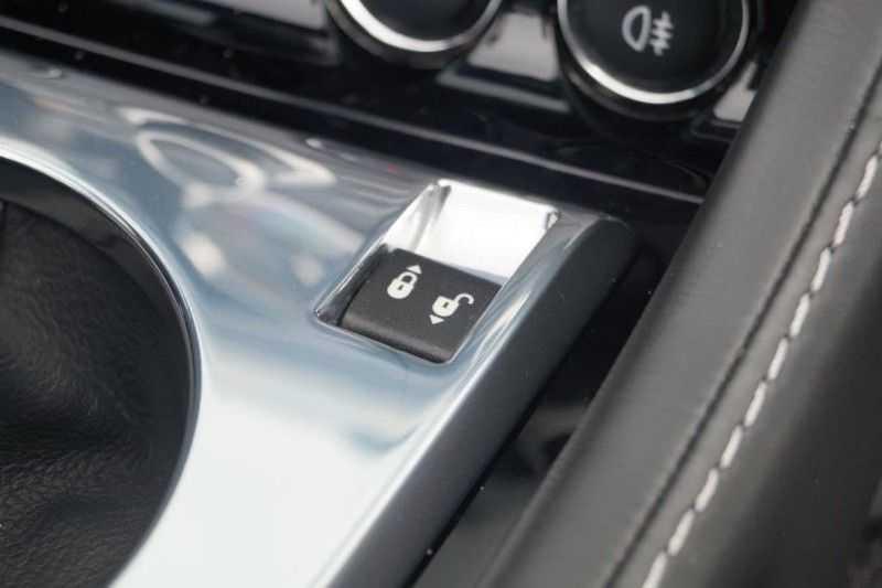 Aston Martin DBS Volante 6.0 V12 6-Speed Manual *!*Only 43 worldwide*!* afbeelding 20