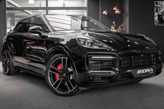 Porsche Cayenne S Coupé Burmester Luchtvering Sport Design Hoogglans Burmester Luchtvering Sport Design Hoogglans