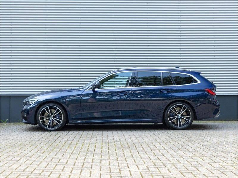 BMW 3 Serie Touring 330i M-Sport - Individual - Memoryzetels - Trekhaak - Panorama afbeelding 6