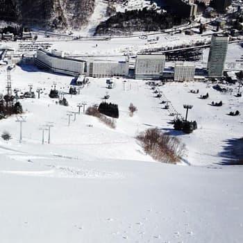 冬の苗場スキー場