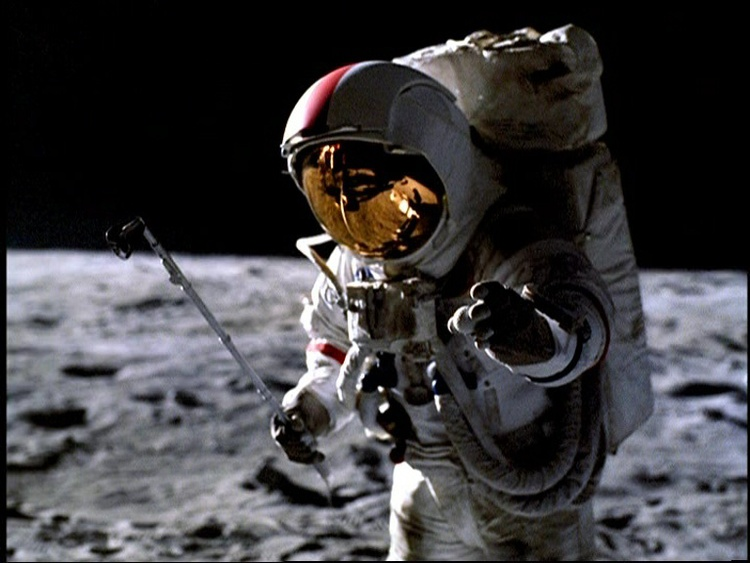 Playing golf on the moon (and the problem with setting a