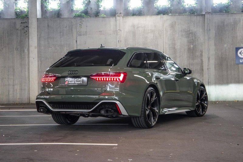 Audi RS6 Avant TFSI 600 pk quattro | 25 jaar RS Package | Dynamic Plus pakket | Keramische Remschijven | Audi Exclusive Lak | Carbon | Pano.dak | Assistentiepakket Tour & City | 360 Camera | 280 km/h afbeelding 13