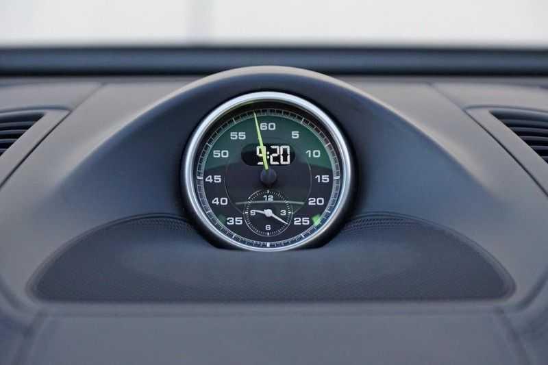 Porsche Cayenne 3.0 S E-Hybrid / Sport Chrono / Panodak / Trekhaak / Bose / Luchtvering / Sportstoelen afbeelding 10